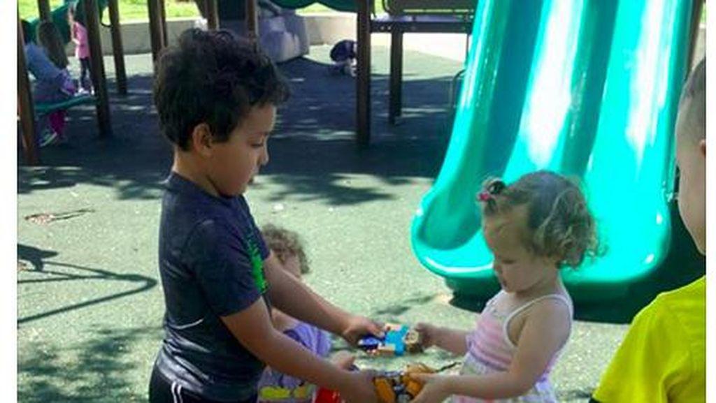 Kisah Viral Ibu Tak Bolehkan Anaknya Berbagi dan Tuai Pro Kontra