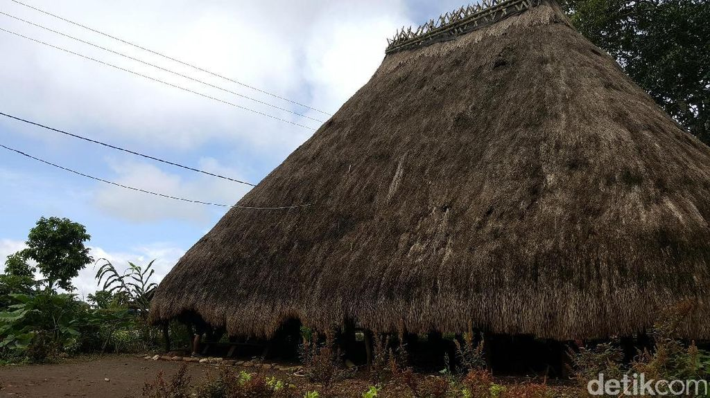 Rumah Adat Tempat Meminta Ilmu Kebal di Atambua