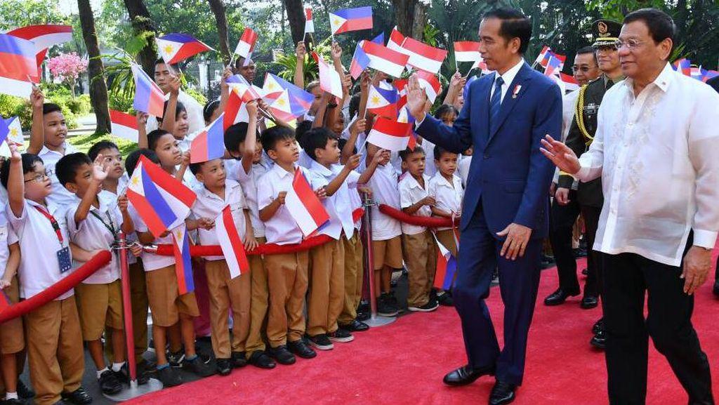 Jokowi Disambut Duterte di Istana Malacanang