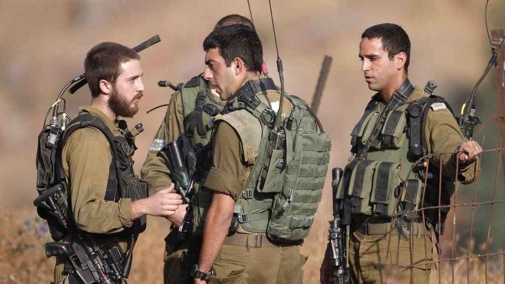 Militer Israel Menembak Jatuh Target di Dataran Tinggi Golan