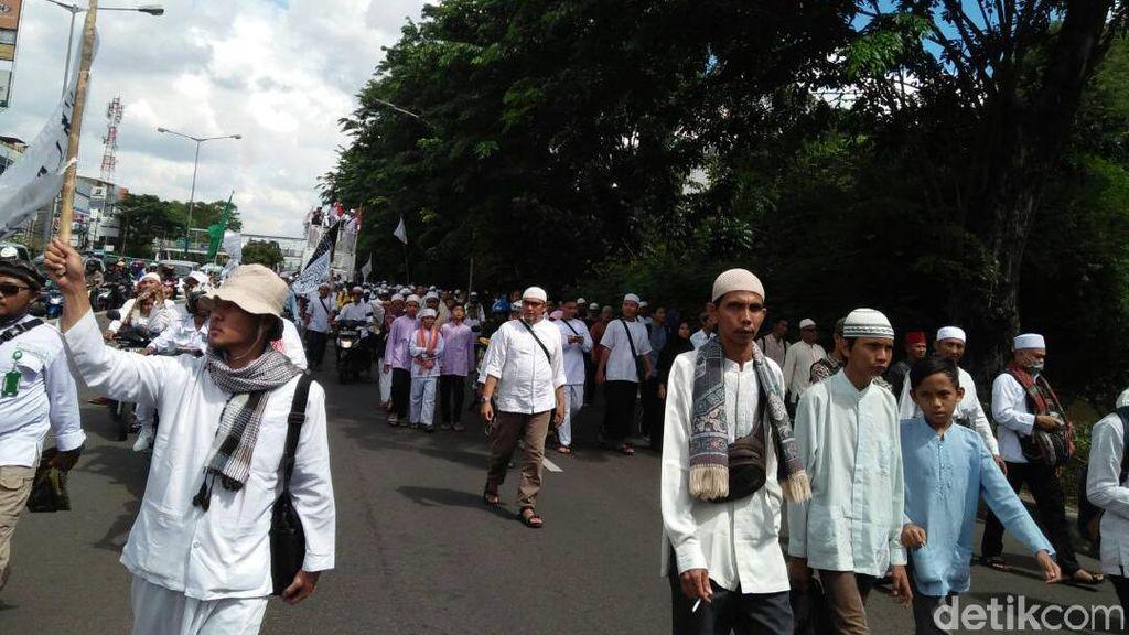 Aksi Long March, Massa GNPF MUI Mulai Bergerak dari Masjid Istiqlal