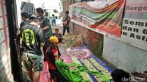 Buruh di Tangerang akan Bawa Gurita Raksasa Saat Aksi Mayday