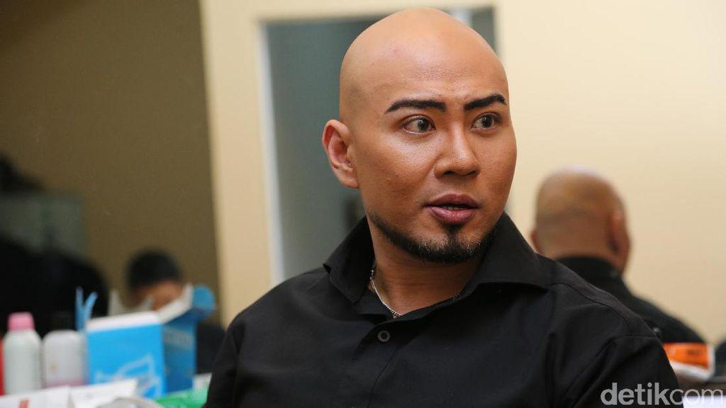 Soal Video Harga Otak ATT, Deddy Corbuzier Diserang Fans Ayu Ting Ting