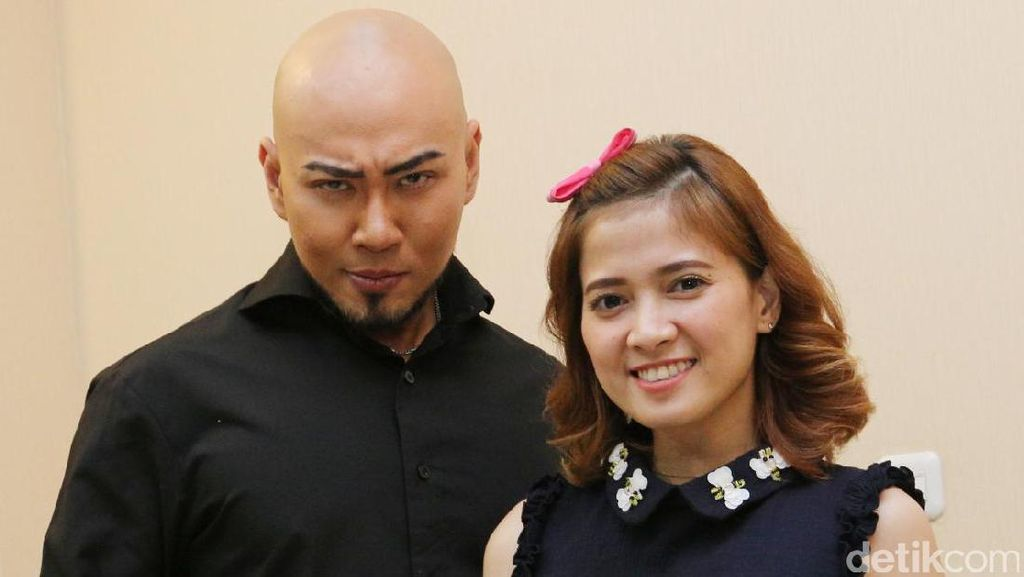 Alasan Deddy Corbuzier Ungkap Pemilik Akun Raden_Ambar12