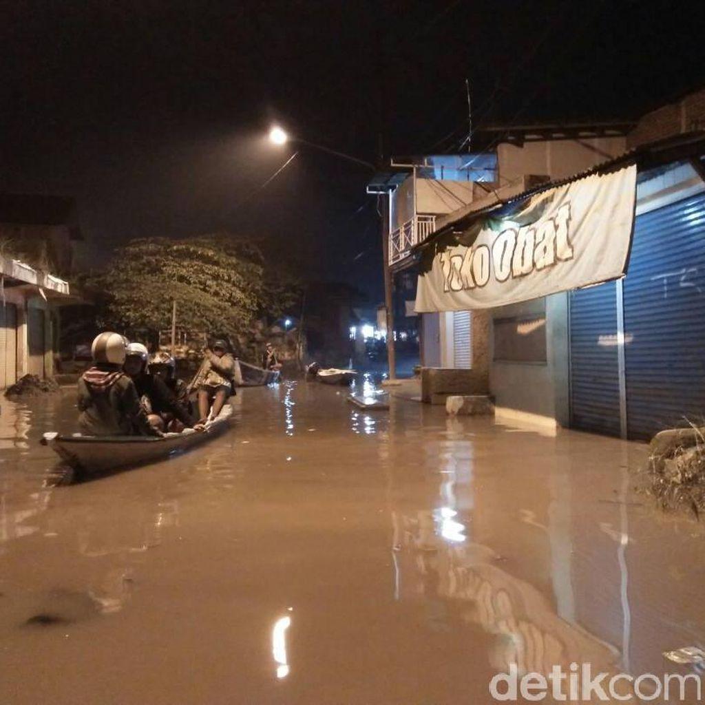 Banjir Terjang Baleendah dan Dayeuhkolot Bandung