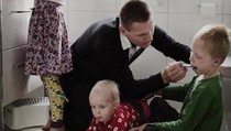 Kisah Pria Swedia yang Cuti Kerja 9 Bulan Demi Urus Anak