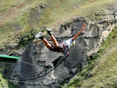Terjun dari Ketinggian 182 Meter di Selandia Baru, Mau coba?