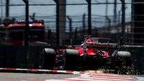 Vettel Tercepat di Sesi Ketiga, Ferrari Sapu Bersih Latihan Bebas
