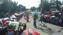 Ribuan Warga Antusias Saksikan Cilegon Ethnic Carnival