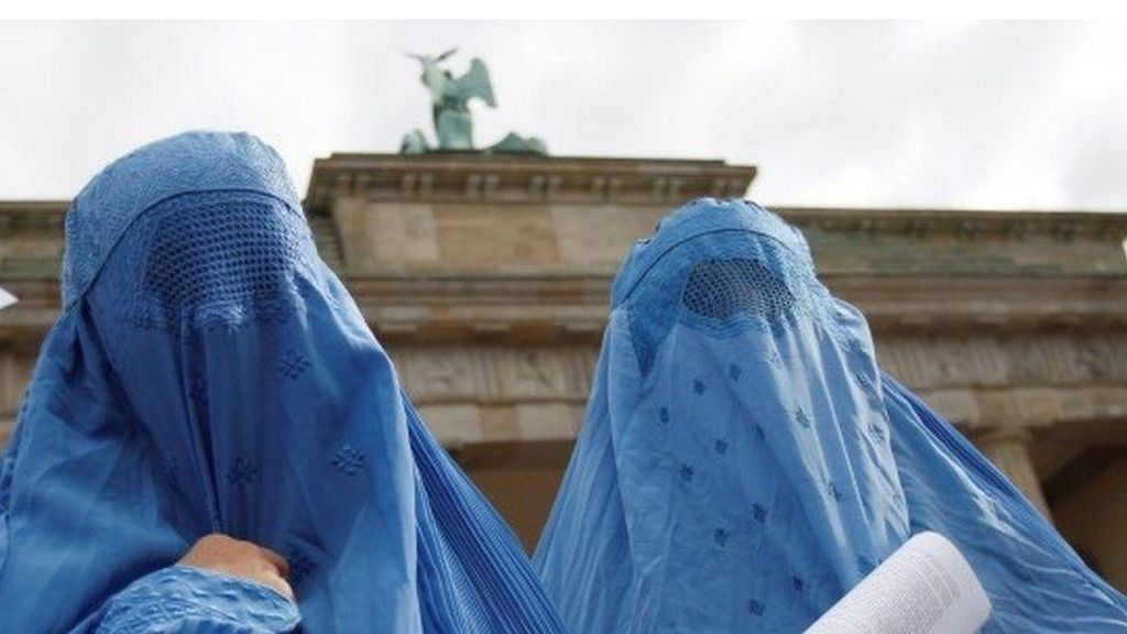 Larangan Terbatas Burka di Jerman Disetujui Majelis Rendah