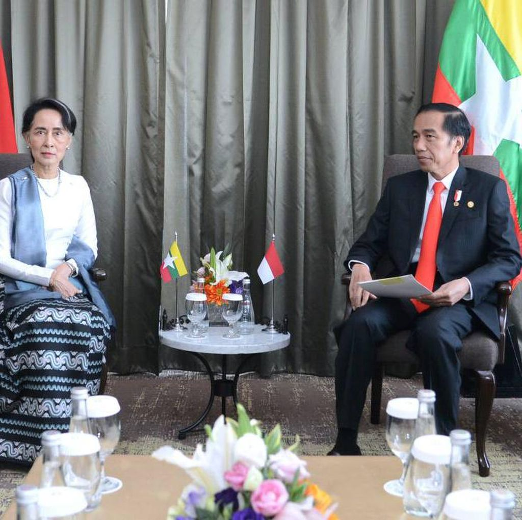 Jokowi Tegaskan Dukungan RI untuk Perdamaian di Rakhine State