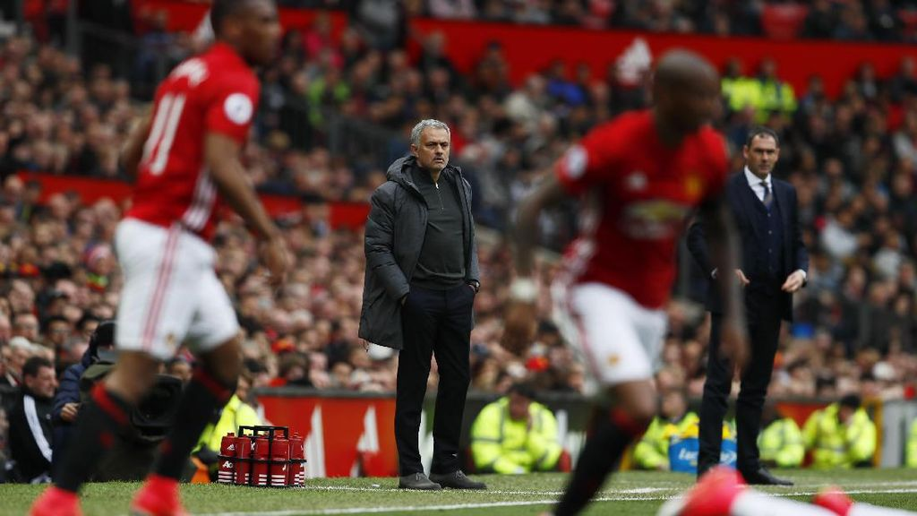 MU Ditahan Swansea, Mourinho: Kami Kelelahan