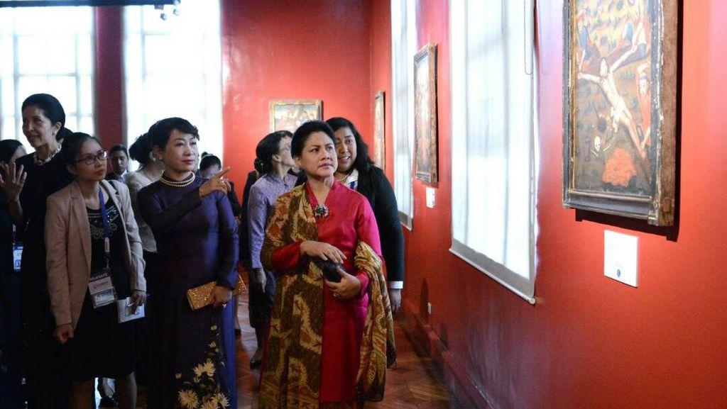Ikut Lawatan Jokowi ke Filipina, Iriana Kunjungi Museum Nasional