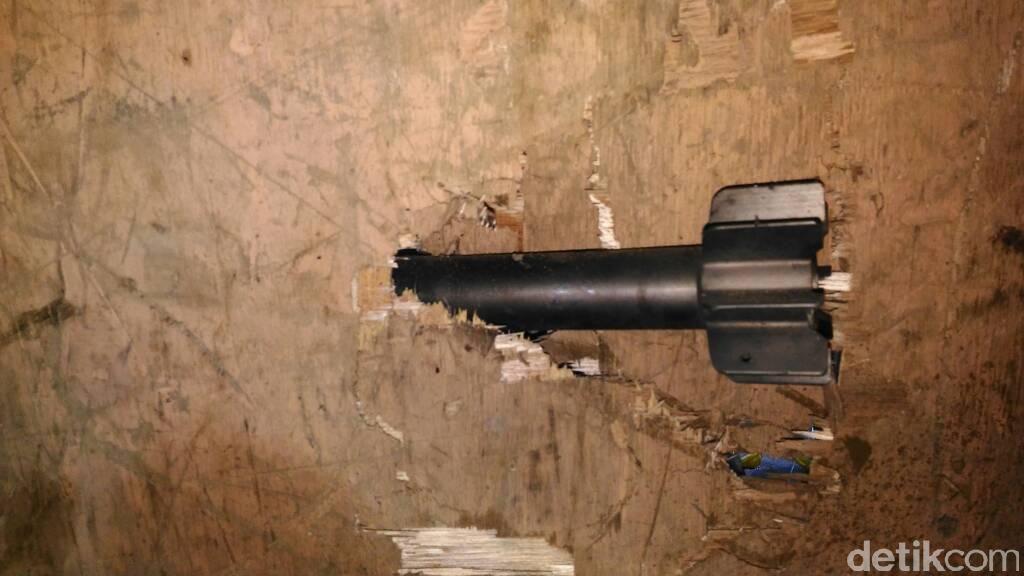Masih Ada Mortir yang Tak Meledak di Gudang Rongsokan Bandung Barat