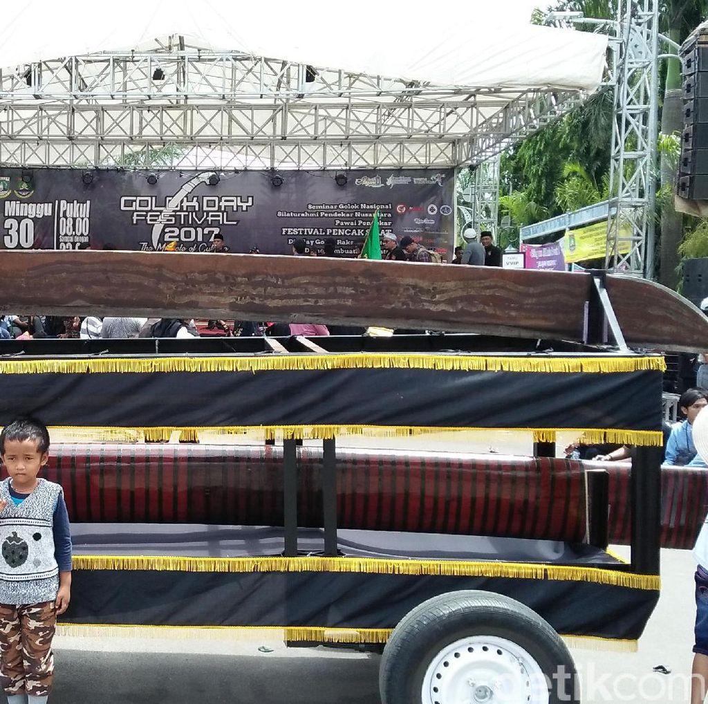 Golok Sepanjang 5 Meter Dipamerkan di Festival Golok Day 2017