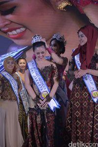 Mengenal Marsya Gusman, Miss Internet Indonesia 2017