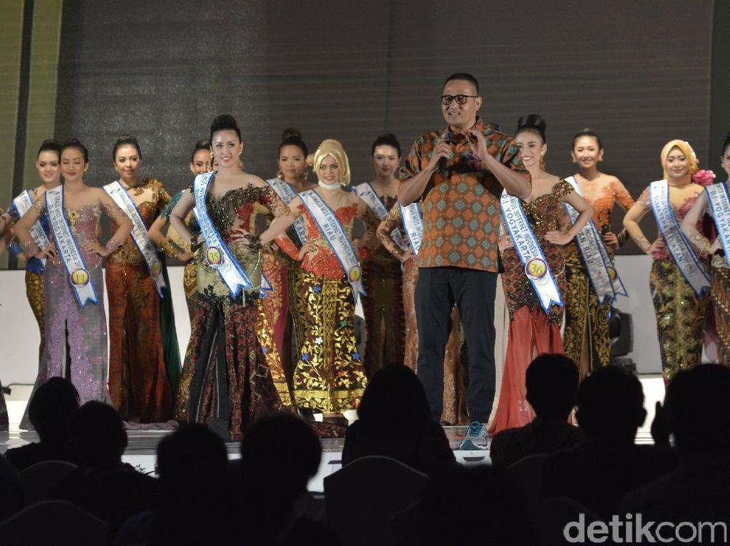 Malam Penobatan Miss Internet Indonesia 2017