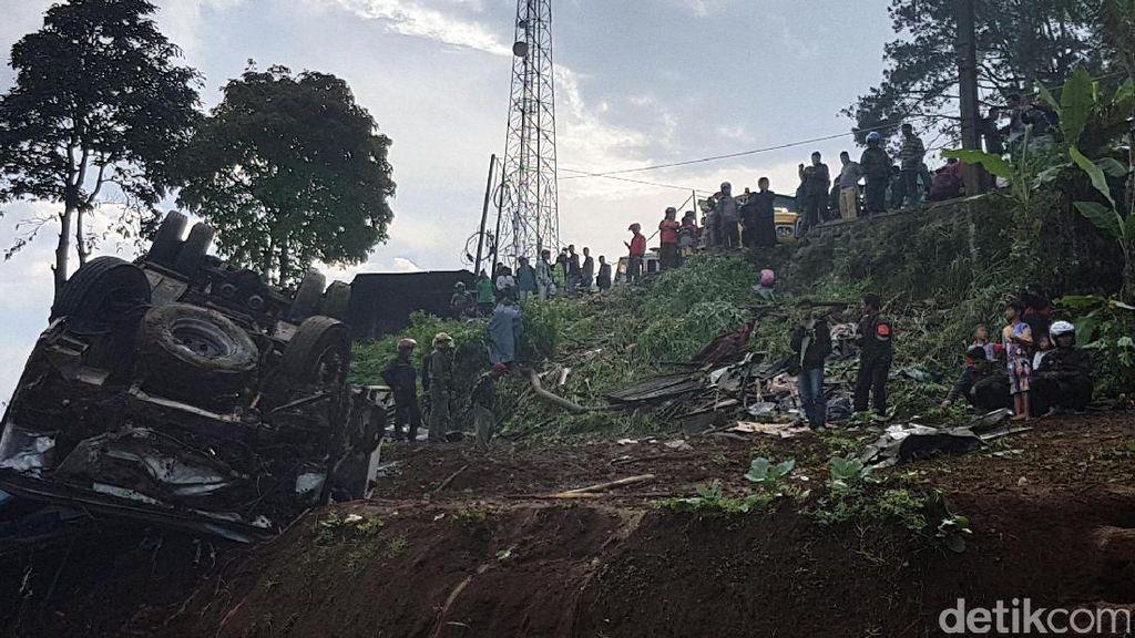 Cerita Menegangkan Korban Selamat dalam Kecelakaan Maut di Ciloto