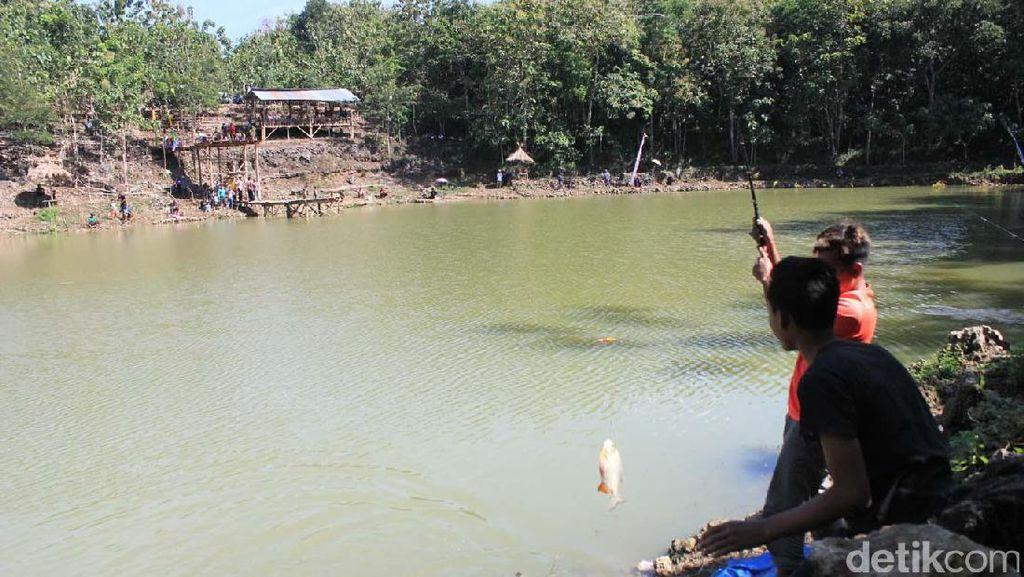 Warga Dlingo, Bantul Sulap Telaga Tadah Hujan Jadi Area Pemancingan