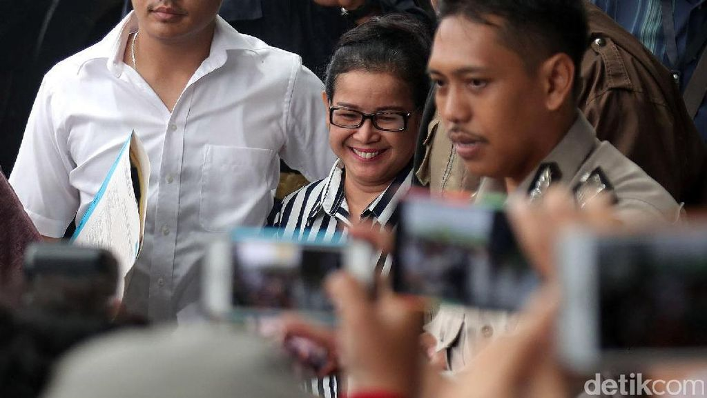 Cari Kebohongan Miryam, KPK Konfirmasi ke Andi Narogong