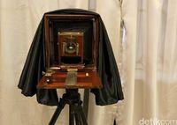 Ada Kamera Mata-mata James Bond di Museum Ini