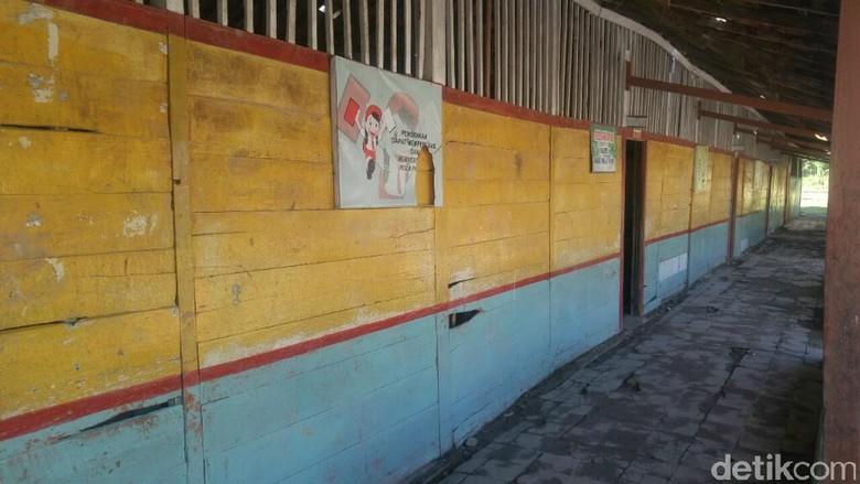 Pemkab Janji Renovasi SDN Mlowokarangtalun - Grobogan Sekolah Dasar Negeri Mlowokarangtalun di Desa Kecamatan kondisinya sangat Pemkab setempat berjanji akan menganggarkan dana ratusan juta