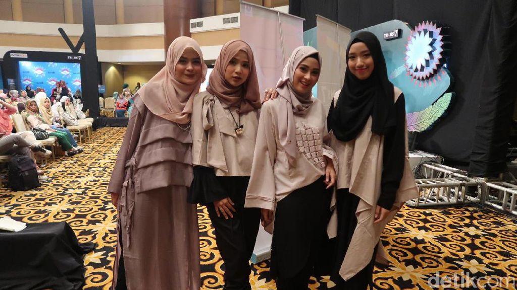 Dea Nahara, Hijabers Cantik Personel Baru Girlband Hijab Noura