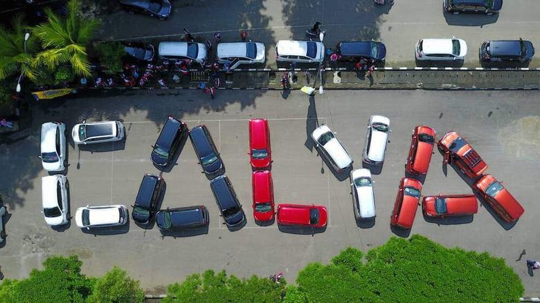 Komunitas Toyota Calya Peduli Lingkungan dan Sosial