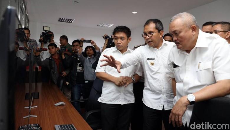 Gubernur Sumsel Terpukau Canggihnya Sistem Kontrol Pemkot Makassar