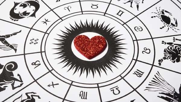 6 Pasangan Zodiak yang Cocok Banget Bersama