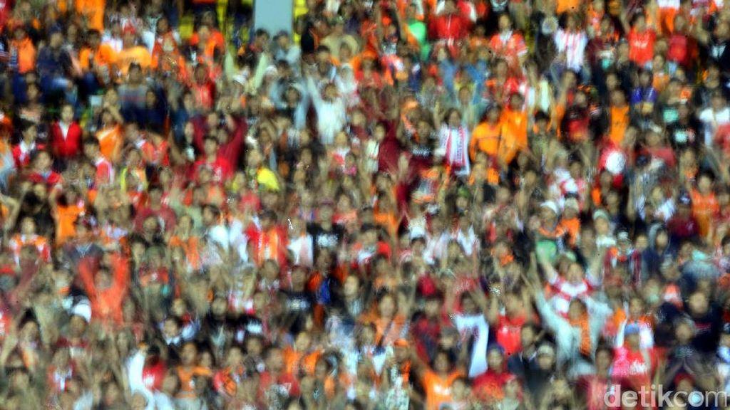 Ada Lagi Suporter Meninggal, #SOS Desak PSSI dan Operator Liga Bertindak