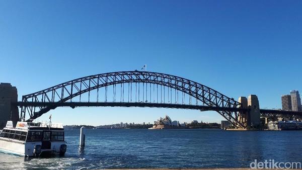 Melihat Keindahan Sydney di Layar Surat Kecil untuk Tuhan