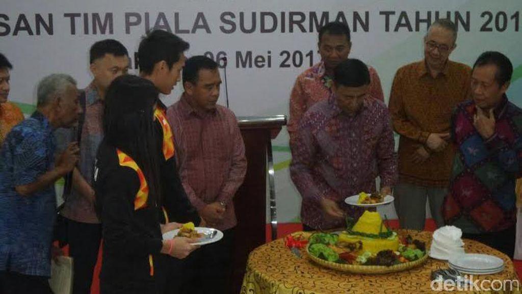 Rayakan HUT PBSI, Wiranto Juga Lepas Tim Piala Sudirman 2017