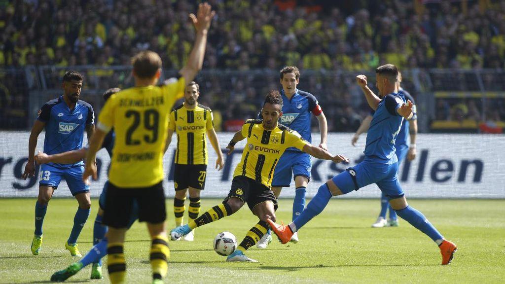 Kalahkan Hoffenheim, Dortmund Naik ke Posisi Tiga