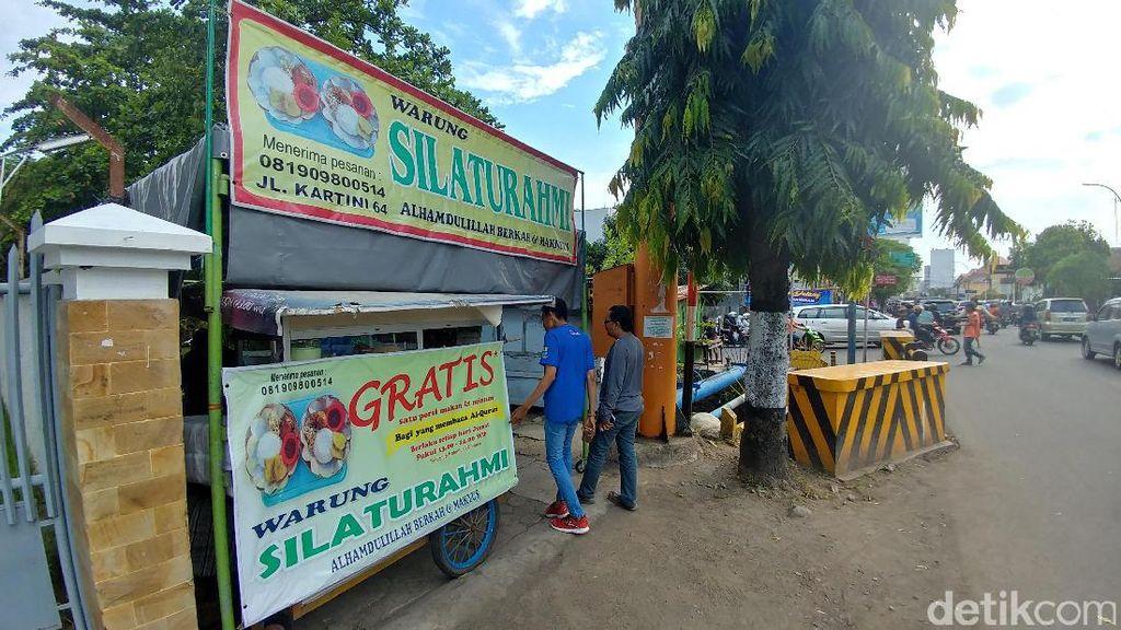 Warung di Cirebon ini Gratiskan Makanan untuk Pembaca Alquran