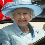 Ratu Elizabeth II Masih Bisa Menyetir Mobil Sendiri di Usia 91