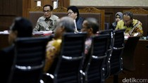Saksi: Pak Sugiharto Minta Berkas e-KTP Dibakar Saat Digeledah KPK