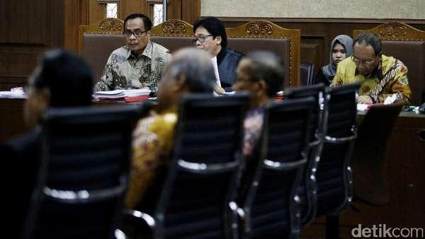 Kesepakatan Terdakwa e-KTP-Tim Fatmawati Menangkan Konsorsium PNRI