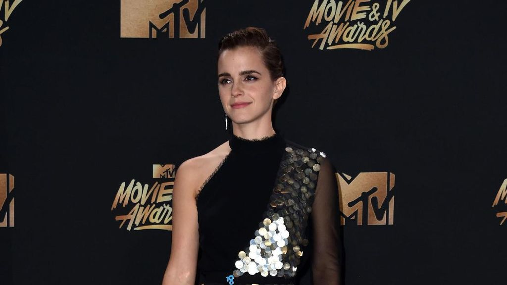 Foto: 20 Inspirasi Gaya Seleb di MTV Movie And TV Award 2017