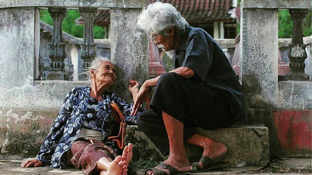 Mbah Ponco Nenek 95 Tahun Bisa Akting di Film Ziarah Meski Buta Huruf