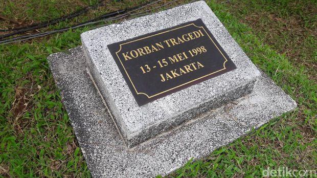 Makam korban kerusuhan Mei 1998
