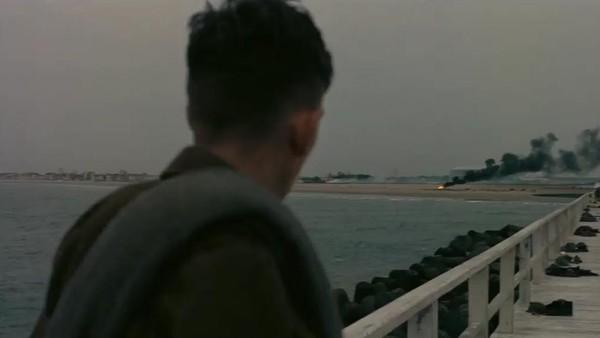 Christopher Nolan Libatkan Ribuan Extras Perankan Tentara dalam Dunkirk