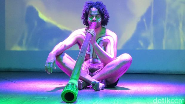 Pertunjukan terompet Didgeridoo (Fitraya/detikTravel)