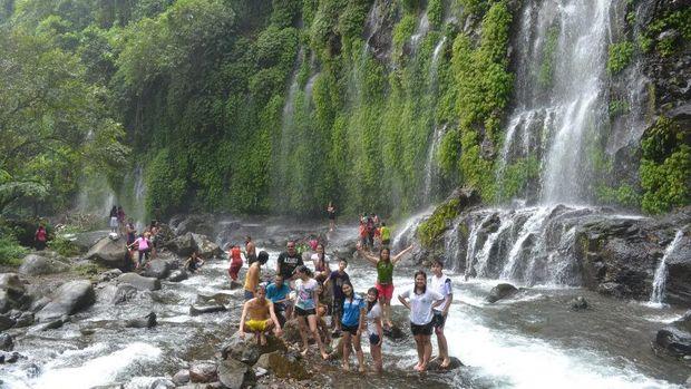 Sekilas mirip Air Terjun Tumpak Sewu di Lumajang (Air Terjun Asik-asik/Facebook)