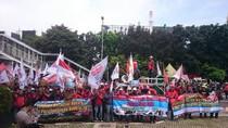 Pekerja JICT Demo KPK Desak Penyelesaian Kasus Pelindo II