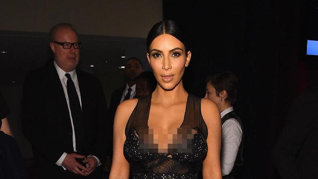 Lewat Foto Seksi, Kim Kardashian Capai 100 Juta Followers di Instagram
