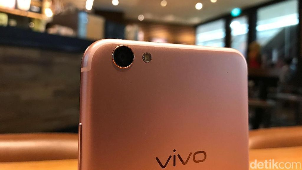 Vivo Boyong V5S Rose Gold dan Crown Gold