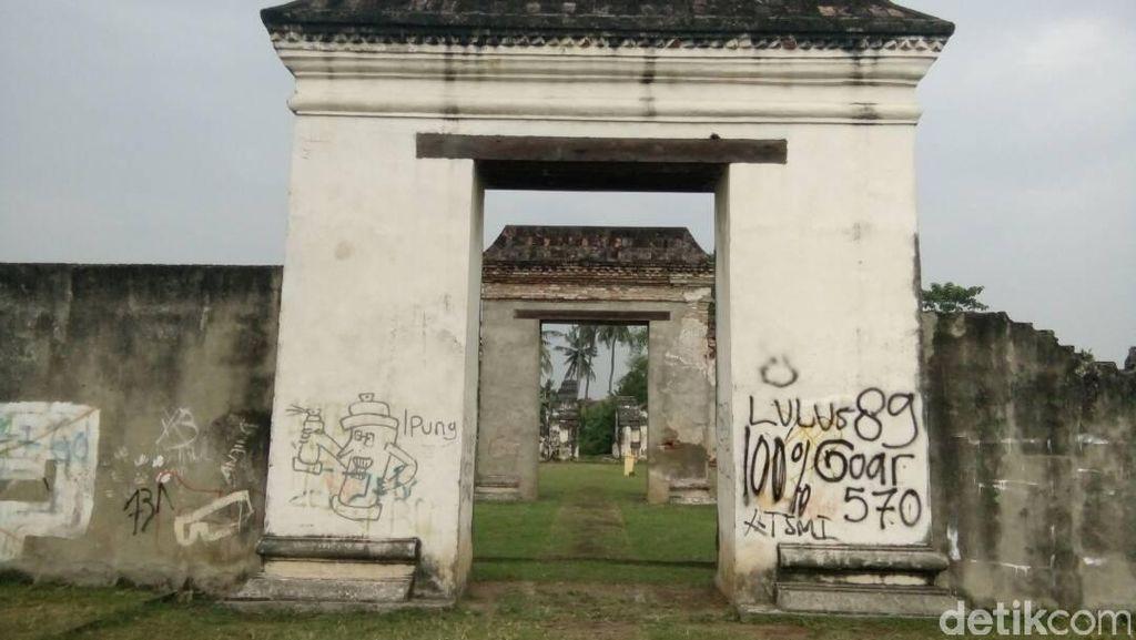 Jadi Korban Vandalisme, Begini Penampakan Keraton Banten