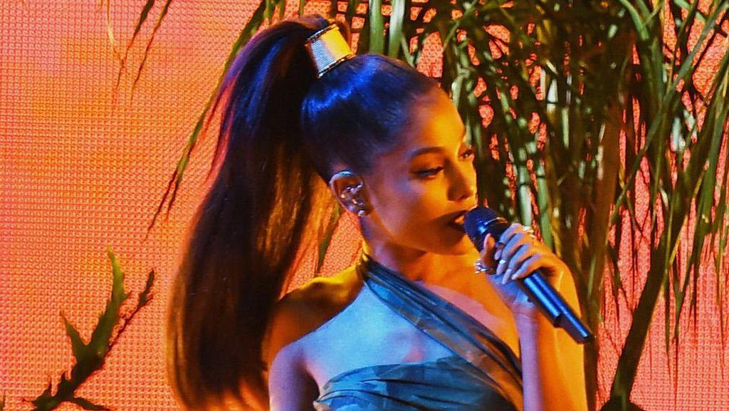 Kesaksian Horor Fans Saat Insiden Ledakan di Konser Ariana Grande