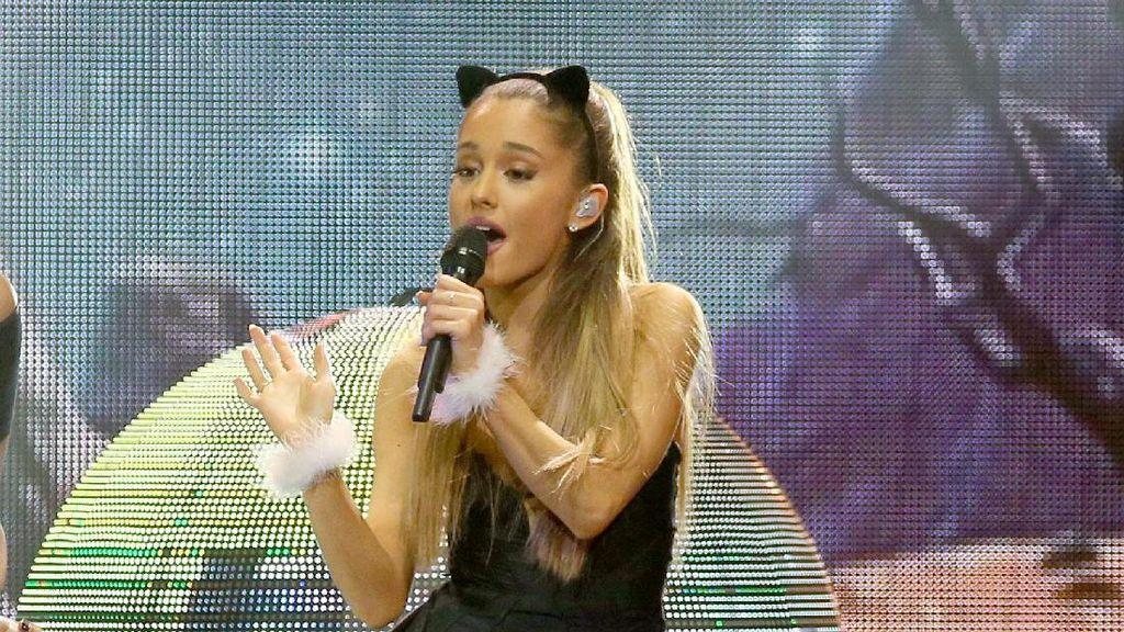 Ariana Grande Akhirnya Buka Suara Soal Ledakan di Konsernya
